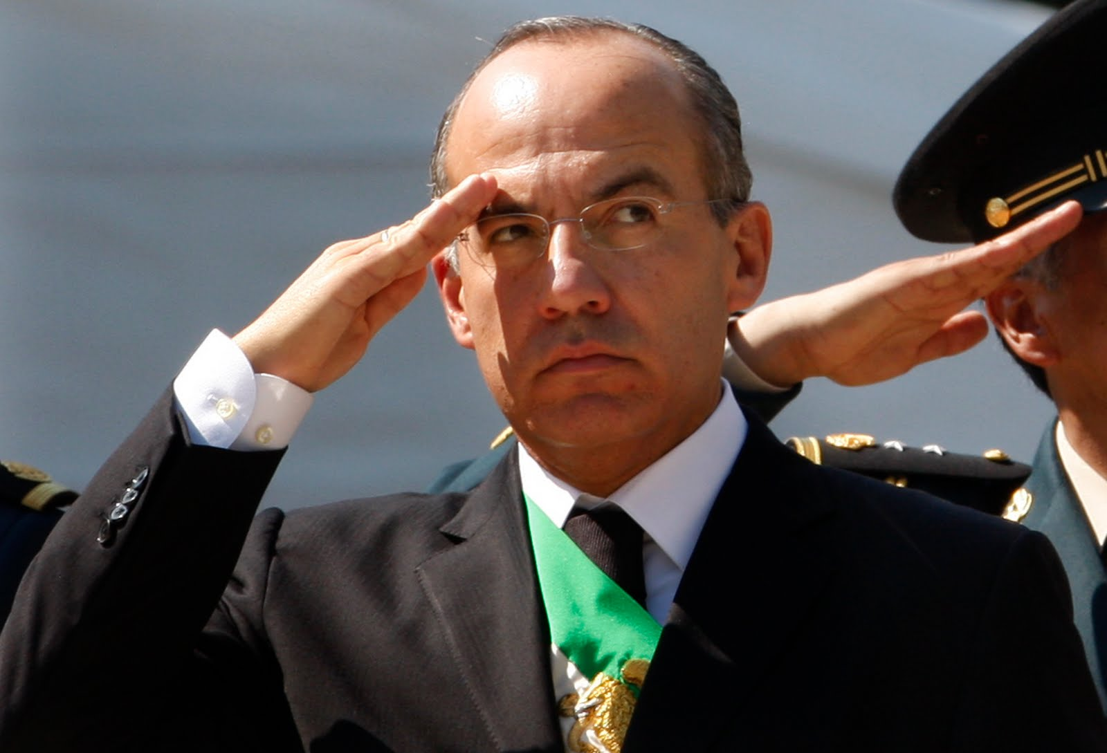 Le Siège ™ANSΨ Triton® Angelcraft Crown Global Security ... Felipe Calderon